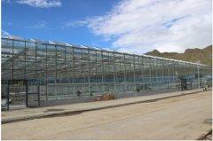 平板太阳能温室大棚推动